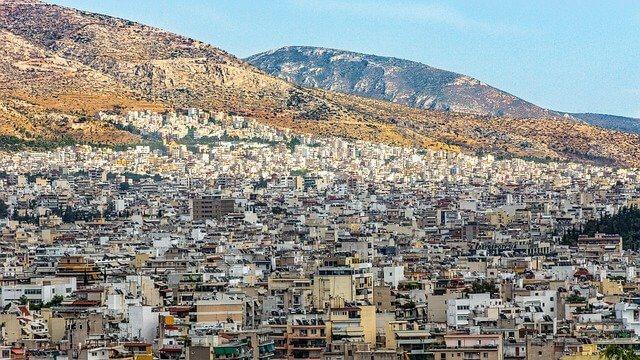 """השקעות נדל""""ן באתונה - האם זו השקעה נטולת סיכונים?"""